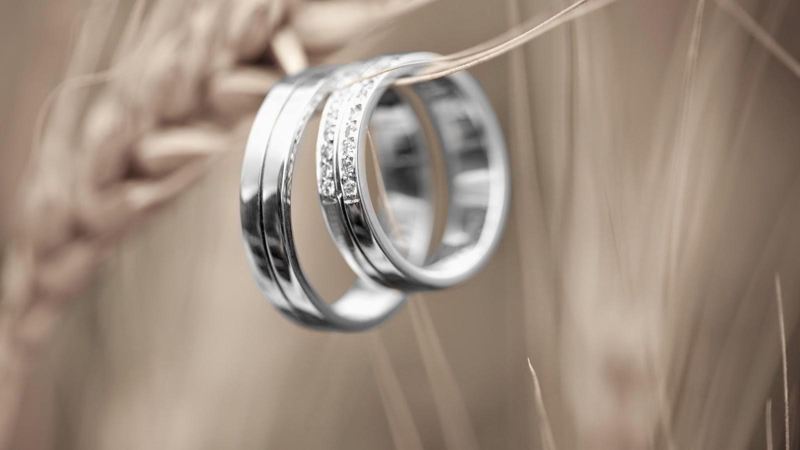 Ik ben verloofd! Hoe beginnen met het plannen van de bruiloft?