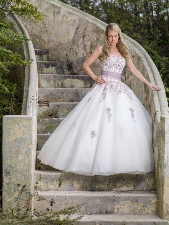 Bridal Star Trouwjurk model Bovino